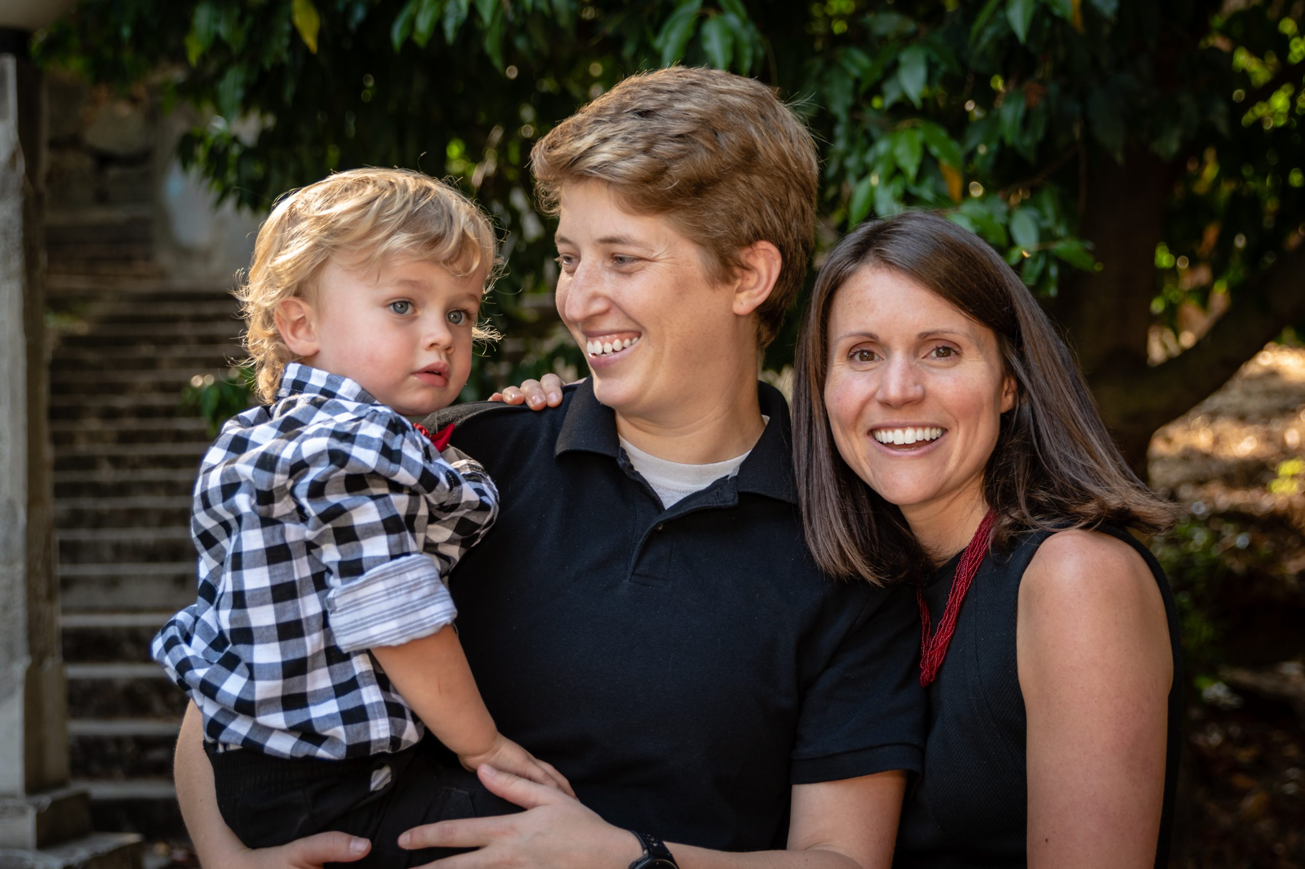 Family Portrait Photograph at Lithia Park in Ashland Oregon